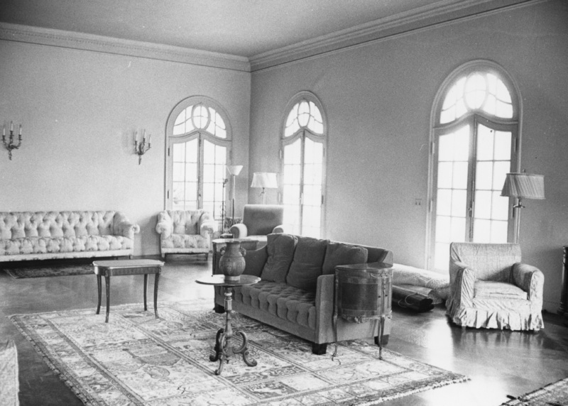 A view from another angle of the living room of Le Petite Trianon as it appeared in 1959.